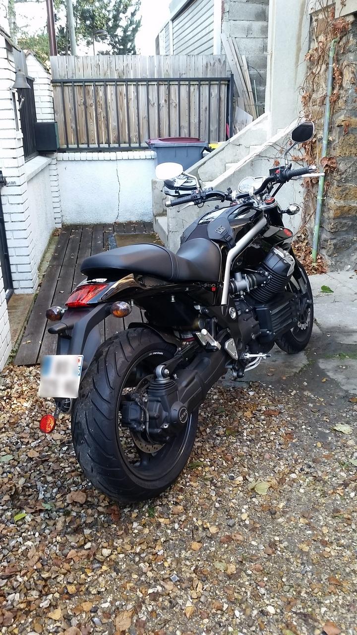Voir le sujet vendue moto guzzi griso 1200 8v noire for Garage 2000 montreuil